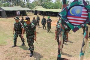 Ratusan Personel TNI Latihan Pengamanan Perbatasan RI-Malaysia