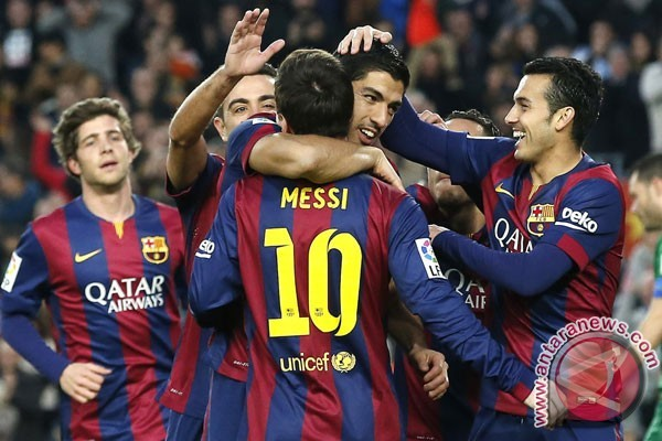 Barcelona Rekrut Bek Yerry Mina