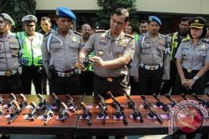 Perawatan Senjata Api Polisi