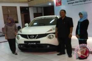 Universitas Negeri Malang Terima Hibah Alat  Peraga Nissan