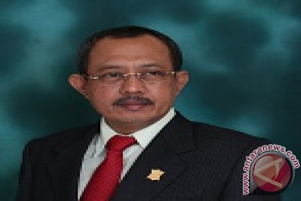 Pimpinan DPRD Minta Fungsi Kontrol Legislator Surabaya 2016 Ditingkatkan