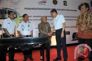 Trem Kota Surabaya Ditargetkan Beroperasi 2019