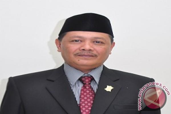 Komisi B Desak Satpol PP Tutup Swalayan Ilegal