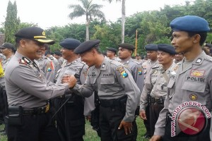Penarikan Pasukan Pengamanan Pilkada Sumenep 2015