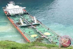 Kapal Angkut Nikel Kandas di Perairan Sumenep