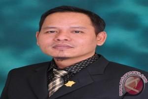 Komisi C DPRD Surabaya Minta Perbaikan Saluran Air Tuntas 2017