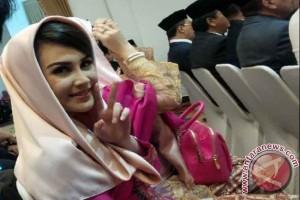 Arumi Bachsin Terkejut Suaminya Maju Pilgub Dampingi Khofifah