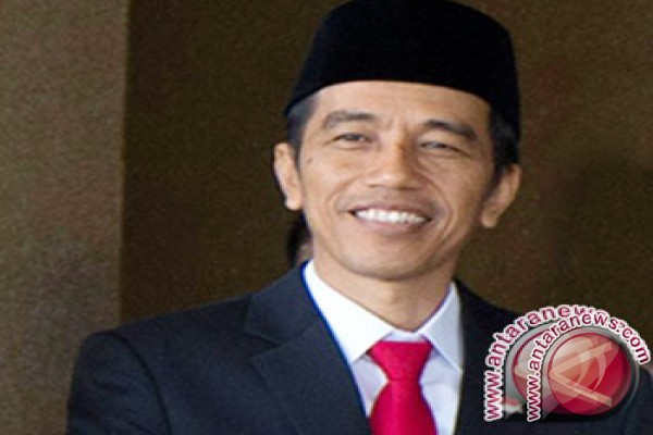 Jokowi Minta TNI Dukung Polisi Jaga Kamtibmas