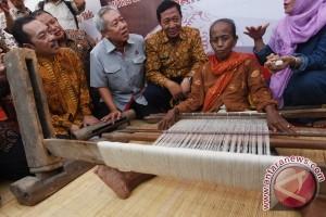 Semen Indonesia Salurkan Bantuan di Tuban