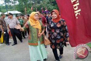 Bupati Haryanti Minta Jembatan Kediri-Malang Dirawat