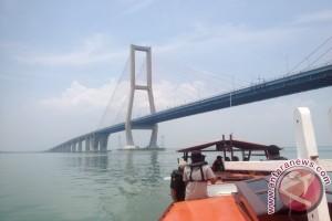 Penyeberangan Ujung-Kamal Direncanakan Jadi Destinasi Wisata Bahari