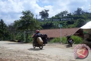 Wisata Minyak Wonocolo