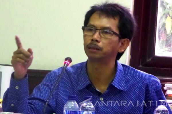 DPRD Minta Pemprov Jatim Pikirkan Siswa Miskin Surabaya
