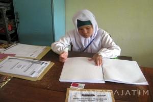 UN SMP Luar Biasa