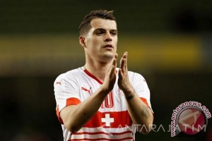 Swiss Kalahkan Serbia 2-1