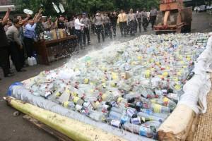 Polres Ngawi Musnahkan Ribuan Liter Minuman Keras