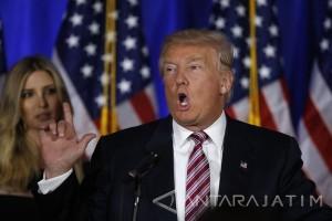 Trump Perintahkan Militer AS Serang Suriah