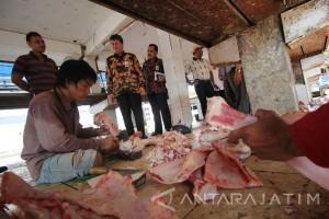 Kejaksaan Usut Korupsi Rumah Potong Hewan Surabaya
