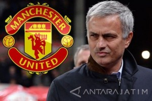 Mourinho Ingin Pastikan MU di Peringkat Kedua