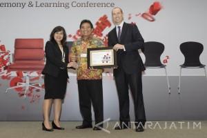 Telkom Raih Predikat Perusahaan Best Employers 2016