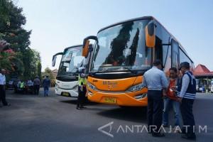 Razia Armada Bus