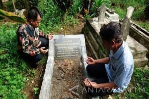Jenazah Tan Malaka Akan Dipindah ke Sumatera Barat