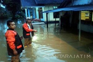 BPBD Jember Imbau Warga Tingkatkan Kewaspadaan Banjir-Longsor