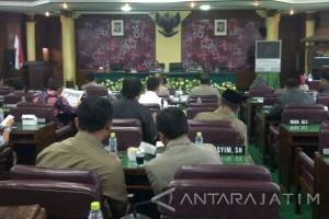 DPRD Tak Sediakan Tunjangan Untuk Dua Istri