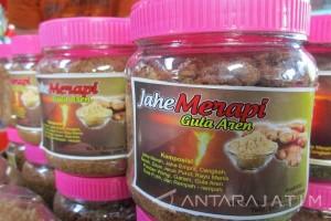 Minum Wedang Jahe di Kaki Merapi