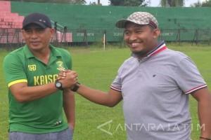 Perssu Perpanjang Kontrak Salahuddin sebagai Pelatih