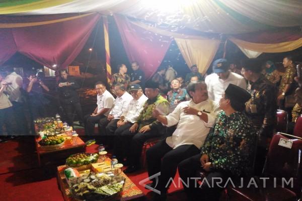 Tiga Menteri Tinjau Saluran Irigasi Dam Pajaran