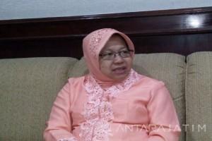 Risma Berharap Pelajar Surabaya Tularkan Pesan Positif
