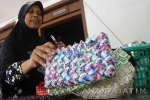 Kerajinan Sampah Plastik Tembus Pasar Ekspor