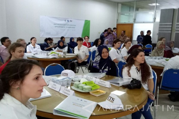 ITS Wadahi Studi Eksekursi Universitas Austria