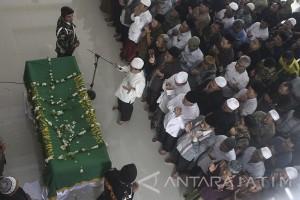 Pangdam Brawijaya Pimpin Upacara Militer Berangkatkan Jenazah Hasyim