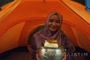 Menikmati Nasi Liwet di Puncak Surabaya