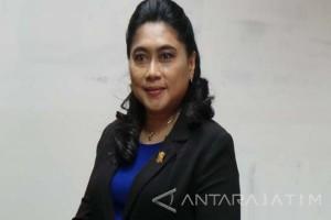Demokrat Surabaya Siap Pertemukan Risma-Khofifah Terkait Sekolah Gratis SMA/SMK