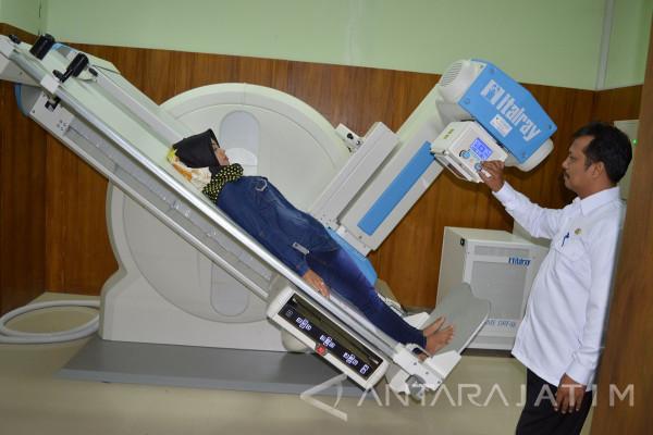 RS Ibnu Sina Gresik Belanja Alat Kesehatan Rp38,1 Miliar
