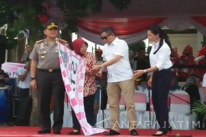Menteri ESDM Kagumi Parade Budaya Surabaya 2017