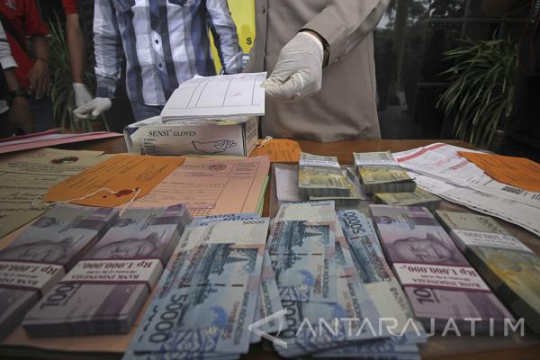 Total Pungli BPN Surabaya Rp75 Juta