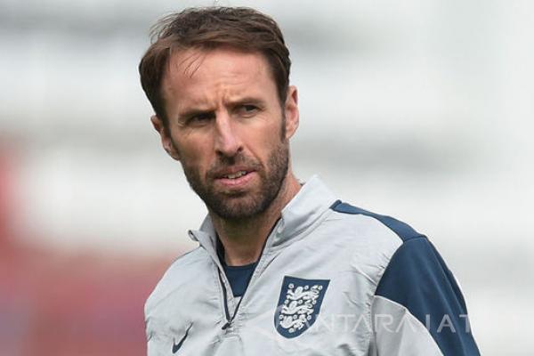 Pelatih Southgate Pertanyakan Liga Inggris Terlalu Awal