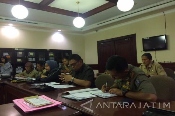 Dinas Perdagangan Surabaya Keluarkan SP-3 Pasar Tanjungsari