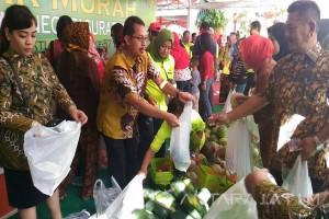 Kejati Jatim Gelar Pasar Murah Bhakti Adhyaksa (Video)
