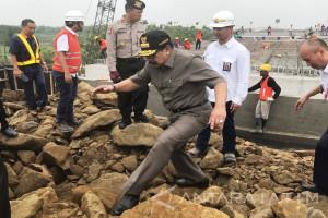 Pakde Karwo Masuk Radar Kandidat Pendamping Jokowi