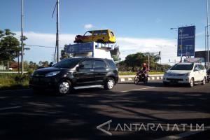 Bangkalan Lakukan Pemelihaan Jalan Persiapan untuk Arus Mudik