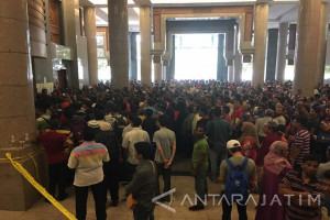 Imigrasi Malaysia Razia Pekerja Ilegal Besar-besaran (Video)