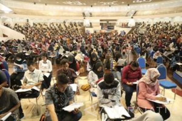 Ribuan Lulusan SMA Berebut Kursi Maba UMM