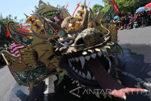 Parade Mobil Hias Cerita Panji