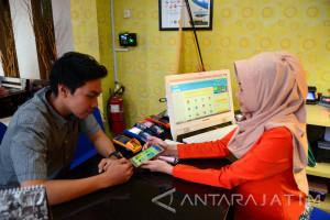 Aplikasi Belanja Daring Diminati Pengguna Internet Indonesia