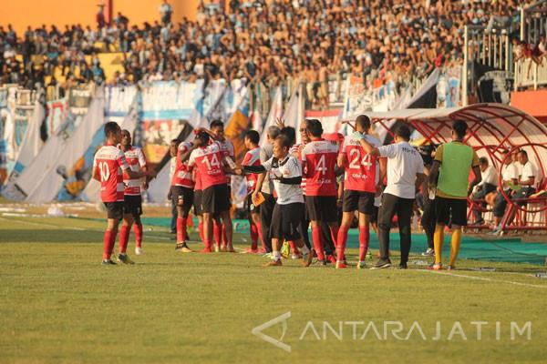 Madura United Tampilkan Peter Saat Jamu Borneo FC